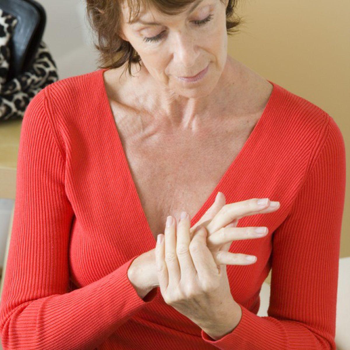 Tratamentul artrozei cu almac, Cum pot fi diminuate durerile provocate de artroză