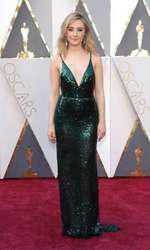 Saoirse Ronan- Rochie Calvin Klein (Oscar)