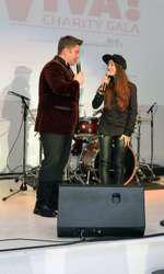Pavel Bartos si Nicole Cherry