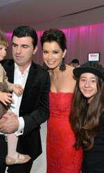 Simona Patruleasa cu familia si Nicole Cherry