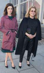 "Chiara Mastroinanni et sa mère Catherine Deneuve - No Web No Blog - No Tabloids - People au défilé de mode, collection prêt-à-porter automne-hiver 2014/2015, ""Louis Vuitton"" à Paris le 5 mars 2014 . (no web - online pour suisse et Belgique) - People at Louis Vuitton fashion show F/W ready-to-wear 2014/2015 in Paris, France on march 5th 2014."
