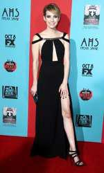 51550105 American Horror Story: Freak Show Premiere held at the TCL Chibese Theatre in Hollywood, California on October 5th. 2014. American Horror Story: Freak Show Premiere held at the TCL Chibese Theatre in Hollywood, California on October 5th. 2014. Emma Roberts FameFlynet, Inc - Beverly Hills, CA, USA - +1 (818) 307-4813