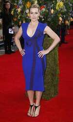 """Kate Winslett – Rochie Stella McCartney la premiera filmului """"A Little Chaos"""""""