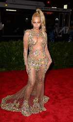 Beyonce attending The Metropolitan Museum of Art Met Gala, in New York City, USA.  (Mandatory Credit: Doug Peters/EMPICS Entertainment)   May 4, 2015 Costume Institute Benefit Gala
