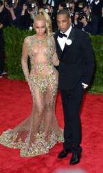 Beyonce and Jay-Z attending The Metropolitan Museum of Art Met Gala, in New York City, USA.  (Mandatory Credit: Doug Peters/EMPICS Entertainment)   May 4, 2015 Costume Institute Benefit Gala