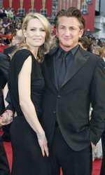 Împreună cu fostul, Sean Penn