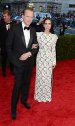 Paul Bettany and Jennifer Connelly attending The Metropolitan Museum of Art Met Gala, in New York City, USA.  (Mandatory Credit: Doug Peters/EMPICS Entertainment)   May 4, 2015 Costume Institute Benefit Gala