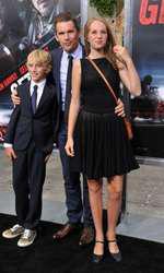Ethan Hawke si copiii sai