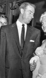 Alături de al doilea soț, Joe DiMaggio