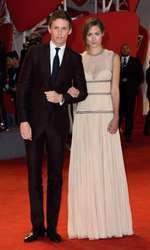 Eddie Redmayne si Hannah Bagshawe