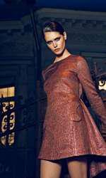 Rochie Maria Lucia Hohan, preț la cerere; cercei H&M (set 3 perechi), 59,90 lei.