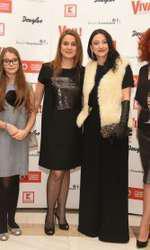 Gabriela Petre (designer Mayra Fashion) Alexia ( fiica Danielei Bulacu) Daniela Bulacu (avocat Ringier) Mariana Bogdan (designer Mayra Fashion), Catrinel Georgescu (Mediatour