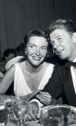 25 iunie 1957 – Nancy și Ronald Reagan participă la Hollywood la o petrecere în onoarea lui Stanley Kramer