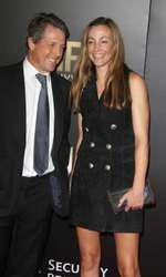 Hugh Grant si iubita lui