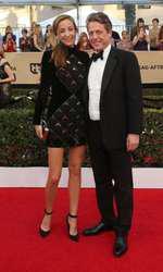 Anna Eberstein si Hugh Grant