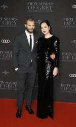 "Dakota Johnson și Jamie Dornan, premiera europeană ""50 Shades Darker"""