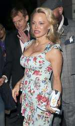Pamela Anderson, la lansarea colecției Coco de Mer, Londra, 2017