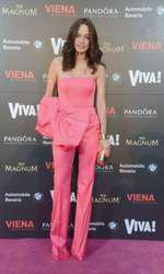 Andreea Raicu 2014 (salopeta Stephan Pelger, clutch Anna dello Russo pentru H&M)