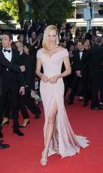 Uma Thurman - Rochie Atelier Versace