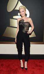 Gwen Stefani la Premiile Grammy 2015