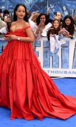 """Rihanna la premiera europeană a filmului """"Valerian"""" de la Londra"""