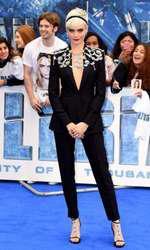 """Cara Delevingne la premiera europeană a filmului """"Valerian"""" de la Londra"""