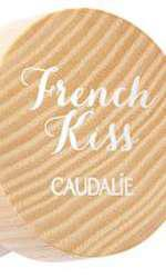 Balsam de buze colorat, Caudalie, French Kiss, nuanța Innocence, 39 lei, disponibil Help Net