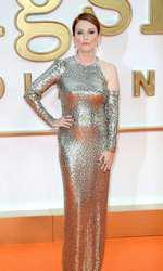 "Julianne Moore - outfit Tom Ford, premiera filmului ""Kingsman: The Golden Circle"""