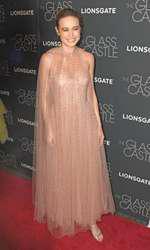 """Brie Larson - outfit Monique Lhuillier, premiera filmului """"The Galss Castle"""""""