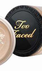 Pudră liberă, Too Faced, Born This Way, 144 lei, disponibilă Sephora