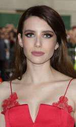 Emma Roberts (26)
