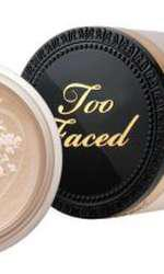 Pudră pulbere, Too Faced, Born This Way, 144 lei, disponibilă Sephora