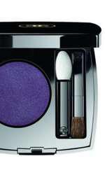 Fard mono, Chanel, Ombre Première, N°30 Vibrant Violet, 170 lei