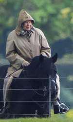 Regina Elisabeta are 91 de ani