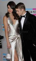 Selena Gomez si Justin Bieber pe vremea când formau un cuplu