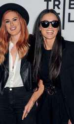 Demi Moore si Rumer Wilis