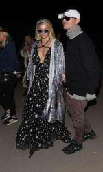 Paris Hilton alături de logodnicul ei, Chrys Zylka