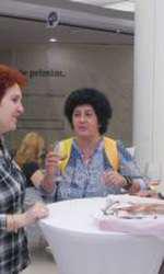 Oana Pantazi (VIVA!) și cititoarele Revistei VIVA!