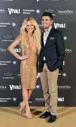 Laura Cosoi și Cosmin Curticăpean, la petrecerea VIVA! din 2013, când vedeta a purtat o rochie sexy creată de Stephan Pelger
