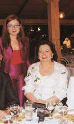 Oana, Mioara, Catinca și Petre Roman