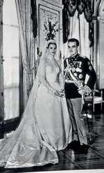 Grace Kelly și Prinţul Rainier al III-lea, în 1956