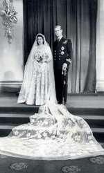 Elisabeta a II-a şi Philip Mountbatten, în 1946