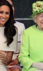 Elisabeta a II-a și Meghan Markle