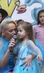 Anda Adam și fiica ei