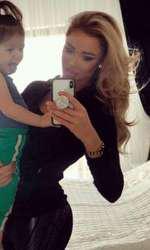 Bianca Drăgușanu și fetița ei, Sofia