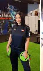 Andreea Marin face sport după operaţia la coloană