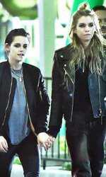 Kristen, alături de fosta ei iubită, modelul Stella Maxwell