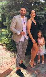 Adriana, fosta soție a lui Costin, alături de noul iubit și Ema