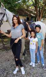 Cristina Spătar și cei doi copii
