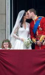29 aprilie 2011 - celebrul sărut din balcon!
